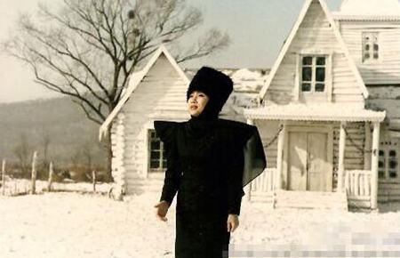 评韩红爆粗骂日本人韩红翻唱的青藏高原和李娜的区别韩红嫁给了谁