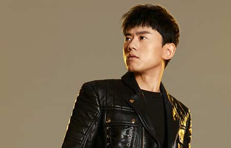 张杰2017世界巡演唱游全球 受邀献唱《变形金刚5》中国区片尾曲